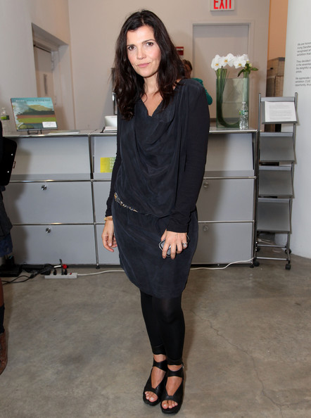More Pics of Ali Hewson Day Dress (1 of 8) - Ali Hewson Lookbook - StyleBistro