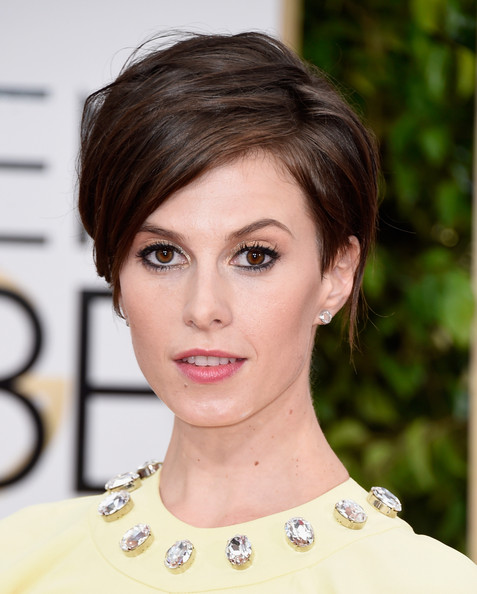 Elettra Wiedemann Side Parted Straight Cut [hair,face,eyebrow,hairstyle,lip,chin,beauty,skin,forehead,brown hair,arrivals,elettra rossellini wiedemann,beverly hills,california,the beverly hilton hotel,annual golden globe awards]