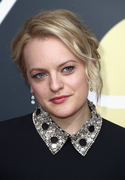 Elisabeth Moss Messy Updo [hair,face,blond,hairstyle,lip,eyebrow,chin,beauty,necklace,cheek,arrivals,elisabeth moss,the beverly hilton hotel,beverly hills,california,golden globe awards,annual golden globe awards]