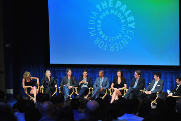 Elisha Cuthbert Daman Wayans Jr. The Paley Center For Media Presents An Evening With 'Happy Endings'