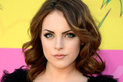 Elizabeth Gillies Medium Wavy Cut