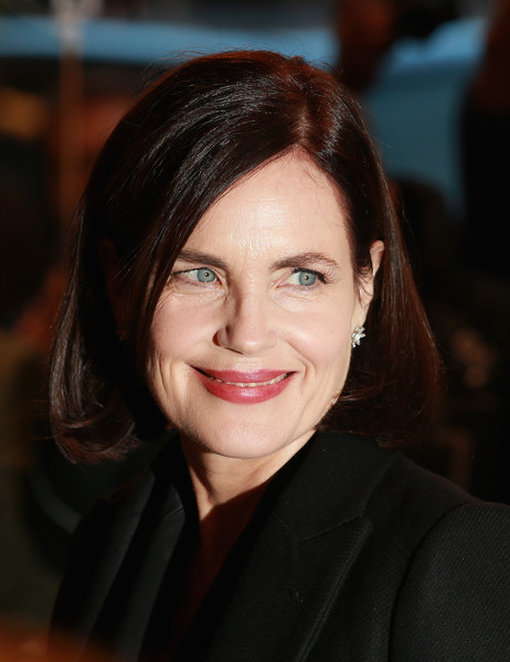 Elizabeth McGovern Bob [photograph 51,hair,face,eyebrow,hairstyle,lip,smile,beauty,chin,forehead,cheek,red carpet arrivals,elizabeth mcgovern,press,england,london,noel coward theatre]