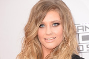 Ella Henderson Long Wavy Cut