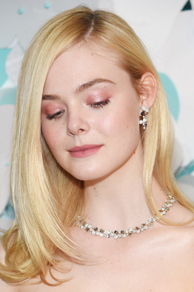 Elle Fanning Dangling Diamond Earrings