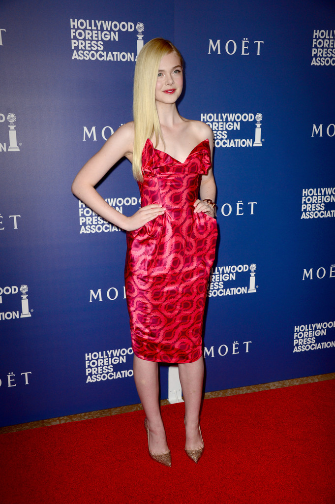 Elle Fanning Evening Pumps Elle Fanning Looks Stylebistro