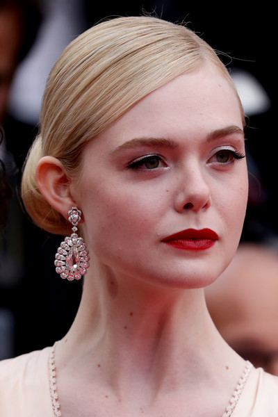 Elle Fanning Red Lipstick [the dead dont die opening ceremony red carpet,the dead dont die,hair,face,lip,eyebrow,hairstyle,chin,beauty,skin,ear,fashion,elle fanning,jewels,screening,cannes,france,chopard,the 72nd annual cannes film festival,ceremony]