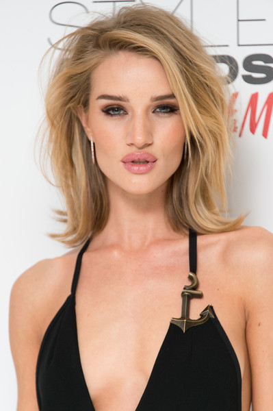 Rosie Huntington-Whiteley's Flip
