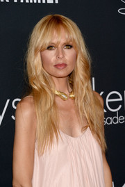 Rachel Zoe sported subtle waves and her trademark eye-skimming bangs when she attended the Pink Party.