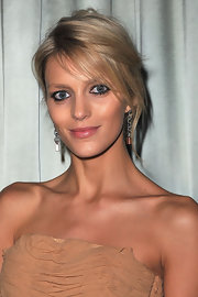 Anja Rubik sported a dramatic loose updo at the US Embassy cocktail and dinner honoring Michael Kors.