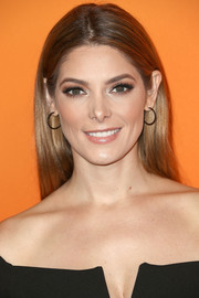 Ashley Greene went for simple elegance with this straight center-parted 'do at the Ember launch.