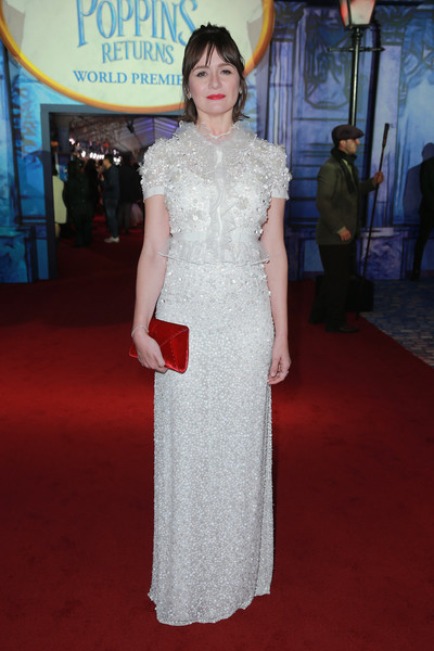 Emily Mortimer Envelope Clutch [mary poppins returns,red carpet,clothing,dress,carpet,white,shoulder,flooring,fashion,premiere,gown,red carpet,emily mortimer,california,los angeles,el capitan theatre,disney,premiere]