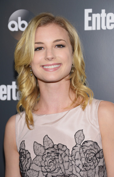 Emily VanCamp Dangling Diamond Earrings