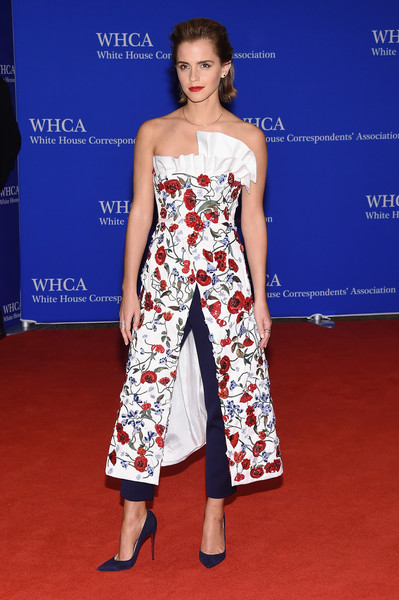 Emma Watson Pumps [flooring,fashion model,carpet,fashion,red carpet,catwalk,fashion design,joint,fashion show,arrivals,emma watson,correspondents,actor,red carpet,flooring,fashion model,fashion,white house correspondents association dinner,dinner,emma watson,white house,stephen colbert at the 2006 white house correspondents dinner,white house correspondents association,white house correspondents dinner,correspondents dinner in the netherlands,hollywood,president of the united states,actor,red carpet]