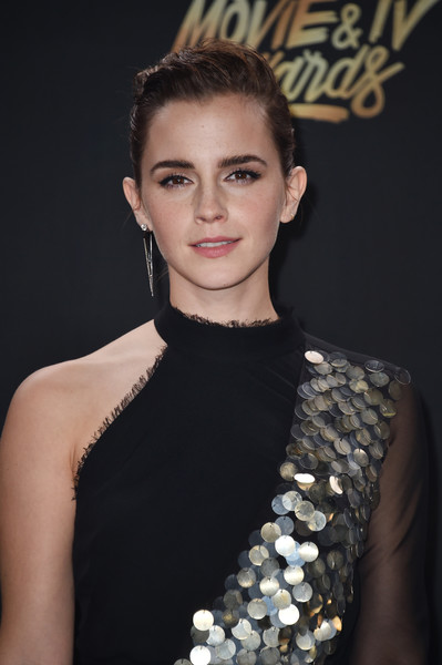Emma Watson Pompadour [movie,best actor in a movie,beauty and the beast,hair,hairstyle,beauty,eyebrow,fashion,shoulder,lip,premiere,dress,neck,emma watson,tv awards,award,room,press room,the shrine auditorium,mtv]