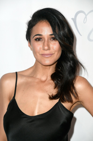 Emmanuelle Chriqui Side Sweep [hair,hairstyle,shoulder,black hair,eyebrow,beauty,chin,long hair,brown hair,lip,arrivals,emmanuelle chriqui,beverly hills,california,beverly wilshire four seasons hotel,los angeles ballet gala]