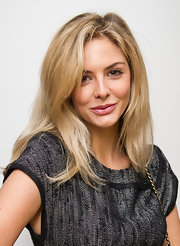 "Tasmin Egerton wore her blond tresses with soft layers at English National Ballet ""The Nutcracker' Christmas performance."