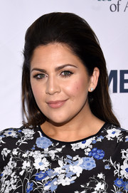 Hillary Scott sported a stylish teased 'do when she attended the Stand Up to Cancer event.