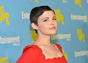 Ginnifer side-parted her freshly trimmed hair to create this sleek red carpet style.