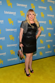 Kristen Vangsness' antique gold pendent was certainly a showpiece for this outfit.