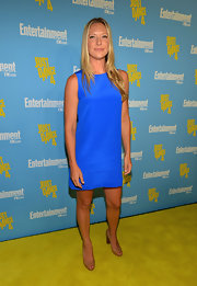 Anna Torv was simply delightful in this blue shift dress.