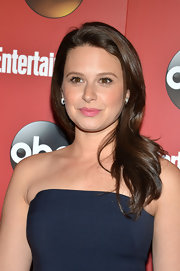 Katie's bubble gum pink lips gave her a fun and flirty vibe at the ABC Upfront Party in NYC.