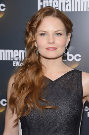 Jennifer Morrison wore her coppery locks in long layered waves at the ABC Upfront VIP party.