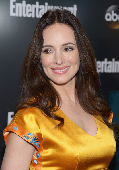 Madeleine Stowe looked radiant at the ABC Upfront VIP party wearing minimal makeup and her long shiny locks casually styled.