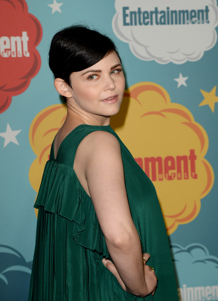 More Pics of Ginnifer Goodwin Short Straight Cut (1 of 23) - Short Hairstyles Lookbook - StyleBistro