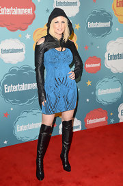 Carrie Keagan's abstract dress looked futuristic cool when paired with a cropped hoodie.