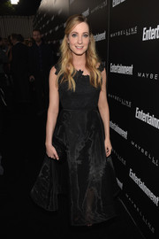Joanne Froggatt was a black-clad princess in this fit-and-flare gown at the Entertainment Weekly celebration honoring the SAG nominees.