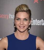 Rhea Seehorn teased her hair into a fun-looking pompadour for the Entertainment Weekly SAG Awards nominee celebration.