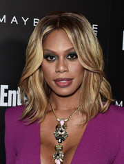 Laverne Cox wore her hair down to her shoulders with perfectly styled waves during the Entertainment Weekly celebration honoring the SAG nominees.
