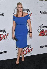 Natasha Henstridge kept it classy in a blue off-the-shoulder midi dress at the Entertainment Weekly Comic-Con party.