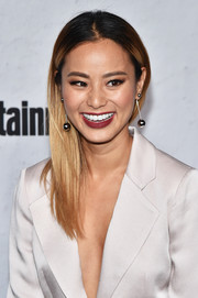 Jamie Chung wore her ombre locks straight and swept to the side when she attended the Entertainment Weekly Comic-Con party.