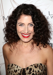 Lisa Edelstein wore her hair in voluminous, tight curls during Entertainment Weekly's SAG Awards nominees celebration.