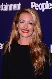 Cat Deeley attended the Entertainment Weekly and People celebration of the New York Upfronts wearing long blonde mermaid waves.