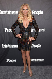 Kristin Chenoweth got glammed up in a low-cut sequin dress for the Entertainment Weekly and People New York Upfronts.