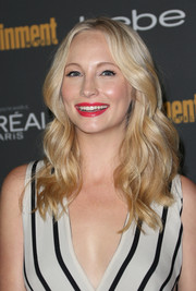 Candice Accola looked sweet and pretty at the Entertainment Weekly pre-Emmy party with her center-parted wavy 'do.