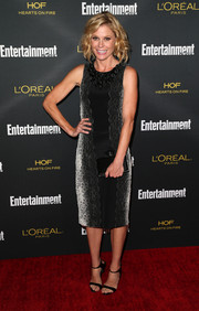 Julie Bowen teamed her dress with simple black ankle-strap sandals.