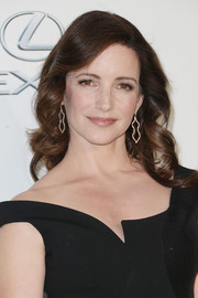 Kristin Davis looked sweet with her spiral waves at the EMA Awards.