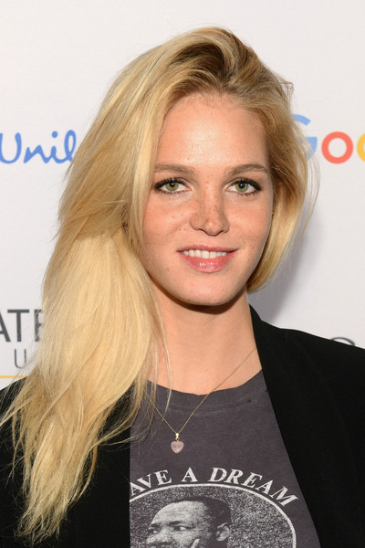 Erin Heatherton Side Sweep [hair,blond,face,hairstyle,eyebrow,long hair,chin,layered hair,lip,hair coloring,erin heatherton,end extreme poverty,poverty,central park,lounge,new york city,global citizen festival]