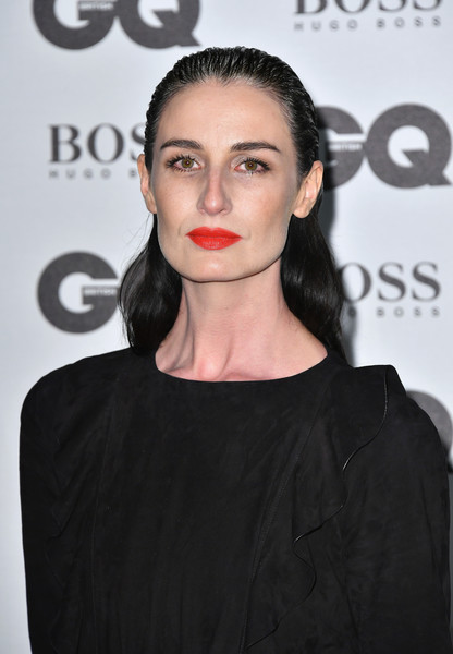Erin O'Connor Long Wavy Cut