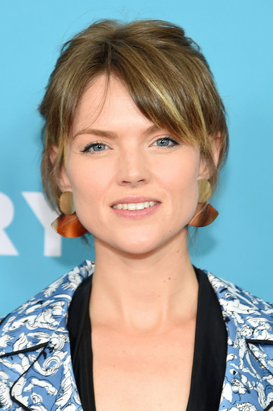 Erin Richards Messy Cut [hair,face,hairstyle,blond,chin,eyebrow,layered hair,forehead,lip,bob cut,erin richards,world premiere,wine country,paris theatre,new york city]