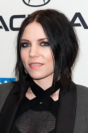 Skylar Grey wore dramatic smoky eyeshadow and black liner at the 'Esquire' Apartment Benefit.