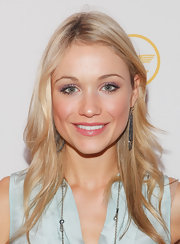 Katrina Bowden wore sheer shadows in vibrant shades of shimmering pink and lavender at the 'Esquire' apartment benefit.