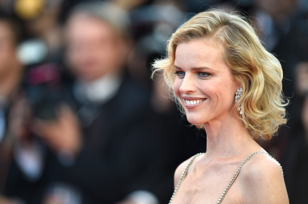 Eva Herzigova Curled Out Bob [ismaels ghosts,hair,face,hairstyle,blond,beauty,skin,eyebrow,lady,lip,fashion,red carpet arrivals,eva herzigova,screening,cannes,france,cannes film festival,palais des festivals,opening gala]