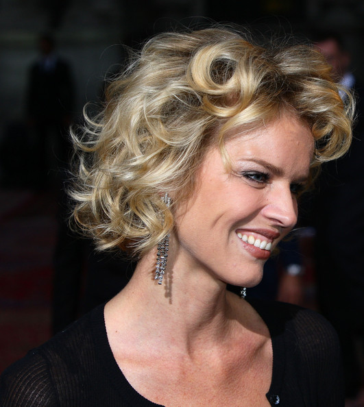 Eva Herzigova Curled Out Bob [20 years of menswear,hair,hairstyle,face,blond,eyebrow,chin,layered hair,long hair,brown hair,lip,eva herzigova,s/,milan,italy,dolce gabbana,milan fashion week,milan fashion week spring]