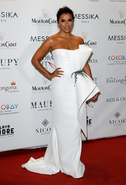 Eva Longoria looked impeccable in a scultural white strapless gown by Azzi & Osta Couture at the Global Gift Gala.
