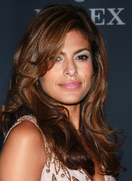 Eva Mendes Bright Eyeshadow