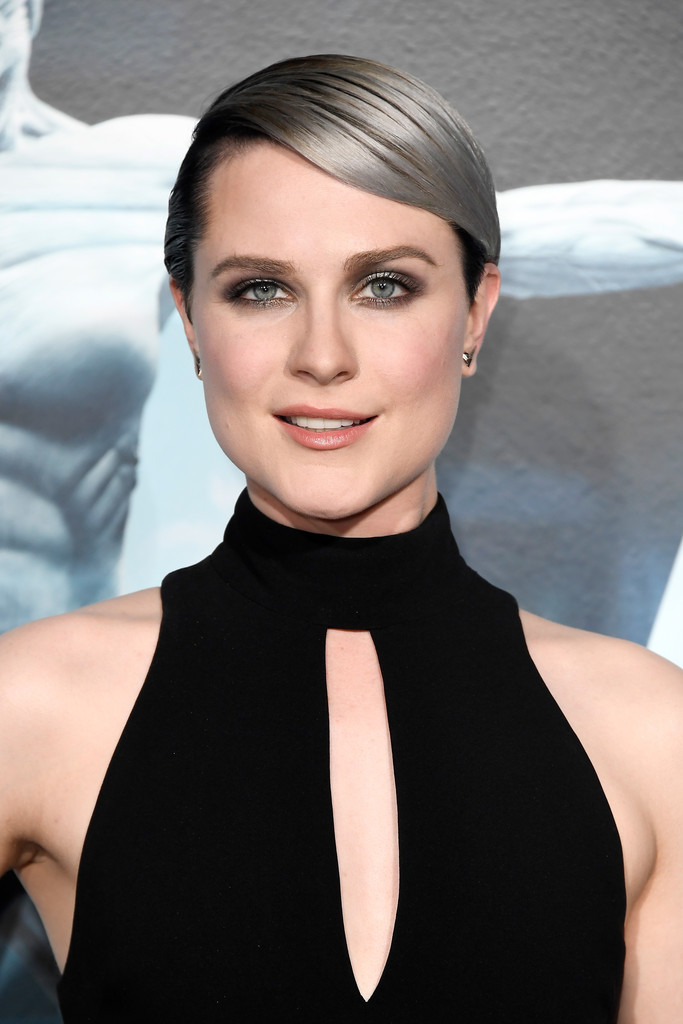 Evan Rachel Wood Short Side Part - Hair Lookbook - StyleBistro Evan Rachel Wood